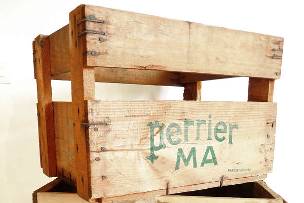 caisse en bois perrier. Black Bedroom Furniture Sets. Home Design Ideas
