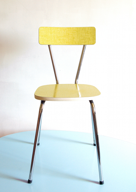 Chaise vintage formica jaune for Table de cuisine formica
