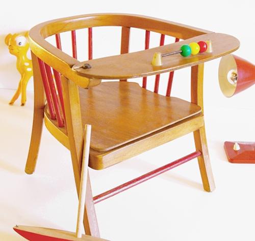 chaise pot enfant circa 50. Black Bedroom Furniture Sets. Home Design Ideas